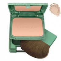 Almost Powder Makeup SPF 15 - CLINIQUE. Compre o melhor preço e ler opiniões.