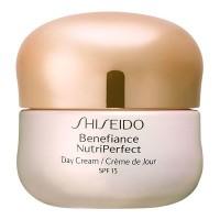 Nutri Perfect Crema Día SPF15 - SHISEIDO. Compre o melhor preço e ler opiniões.